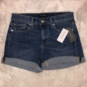 NWT Banana Republic Mid Rise Denim Shorts C13